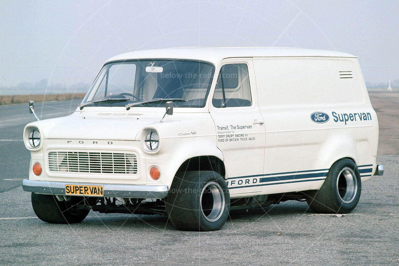 Ford Transit Supervan 1