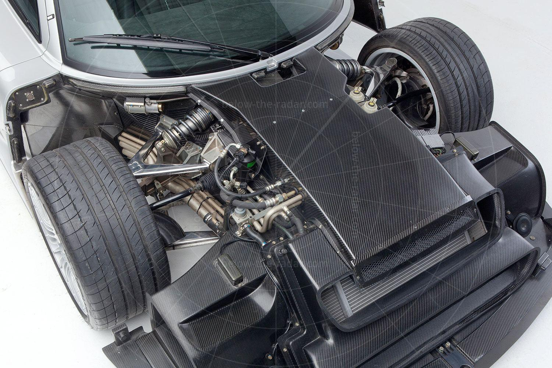 Mercedes CLK GTR coupé Pic: Mercedes-Benz | Mercedes CLK GTR coupé
