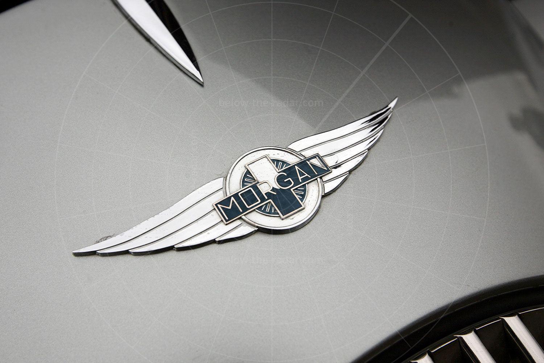 Morgan Aeromax - bonnet badge Pic: magiccarpics.co.uk   Morgan Aeromax - bonnet badge