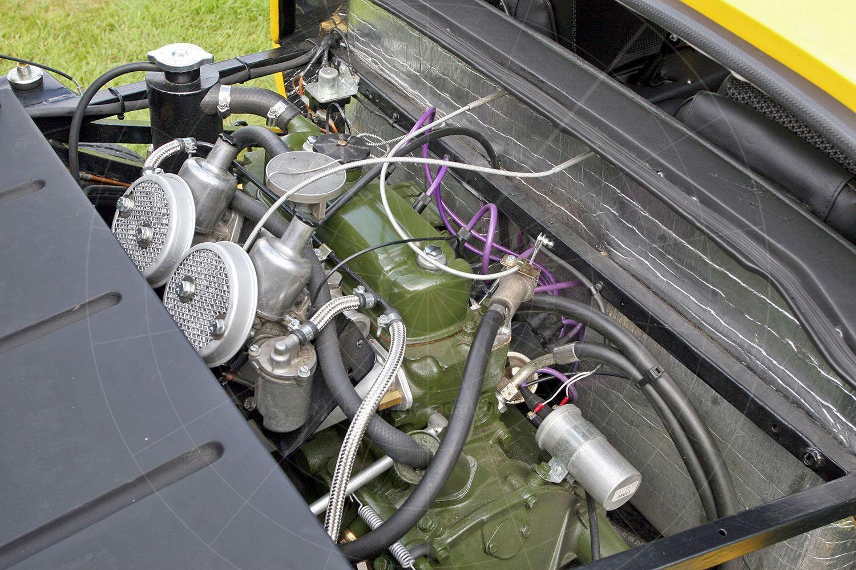 Unipower GT engine bay Pic: magiccarpics.co.uk | Unipower GT engine bay