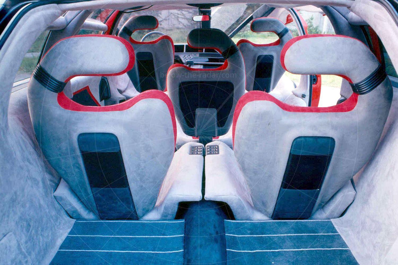 Bertone Genesis cabin Pic: magiccarpics.co.uk | Bertone Genesis cabin