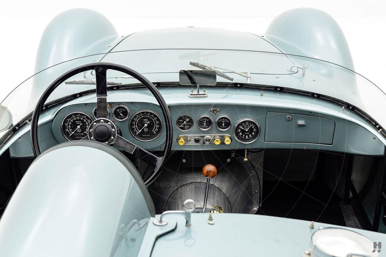 Damilla Special - dashboard Pic: Hyman Ltd | Damilla Special - dashboard