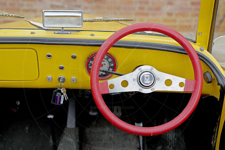 Fiat Gamine dashboard Pic: magiccarpics.co.uk | Fiat Gamine dashboard
