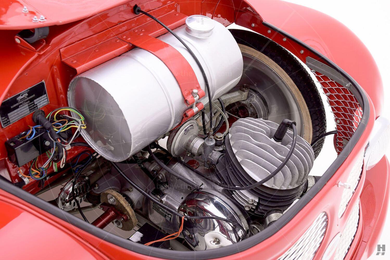 Kleinschnittger F125 engine bay Pic: Hyman Ltd | Kleinschnittger F125 engine bay