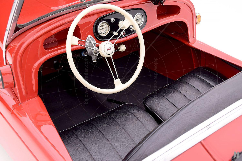 Kleinschnittger F125 interior Pic: Hyman Ltd | Kleinschnittger F125 interior