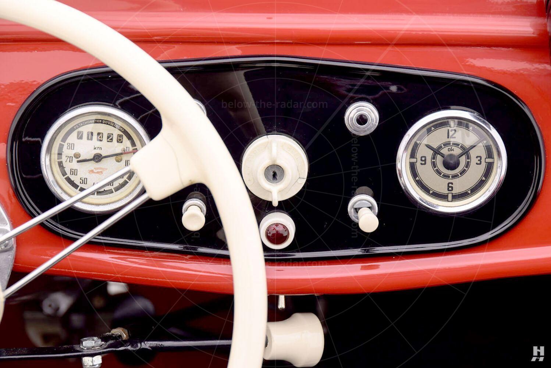 Kleinschnittger F125 dashboard Pic: Hyman Ltd | Kleinschnittger F125 dashboard