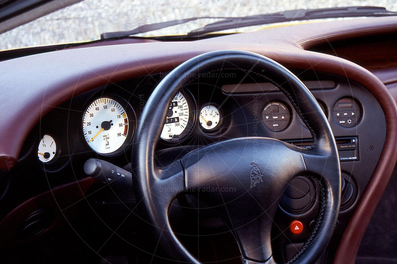 Lamborghini Cala dashboard Pic: magiccarpics.co.uk | Lamborghini Cala dashboard