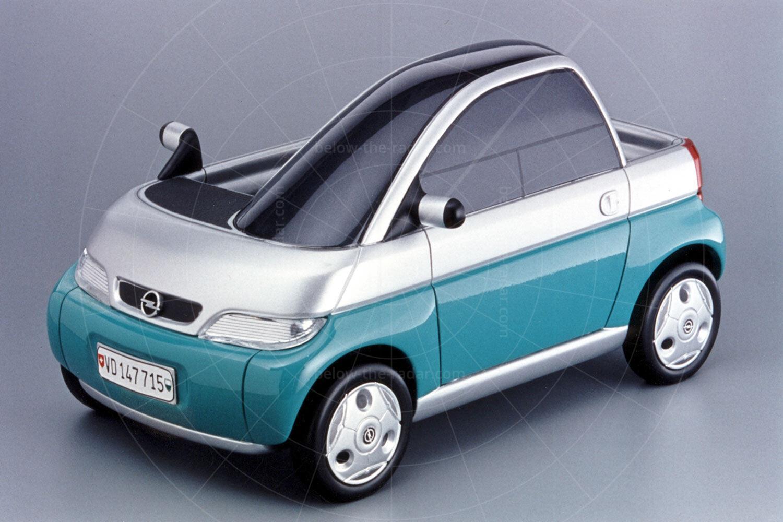 Opel Maxx scale model Pic: GM | Opel Maxx scale model