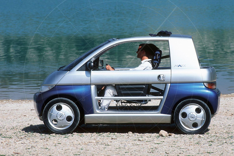 Opel Maxx two-door Pic: GM | Opel Maxx two-door