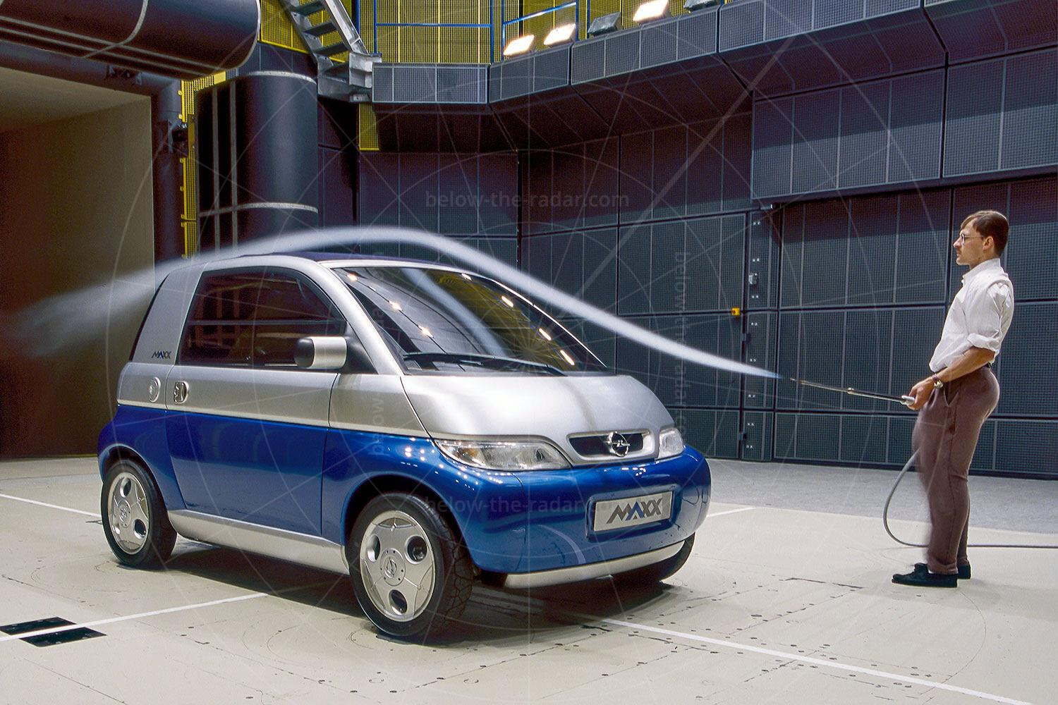Opel Maxx two-door in the wind tunnel Pic: GM | Opel Maxx two-door in the wind tunnel