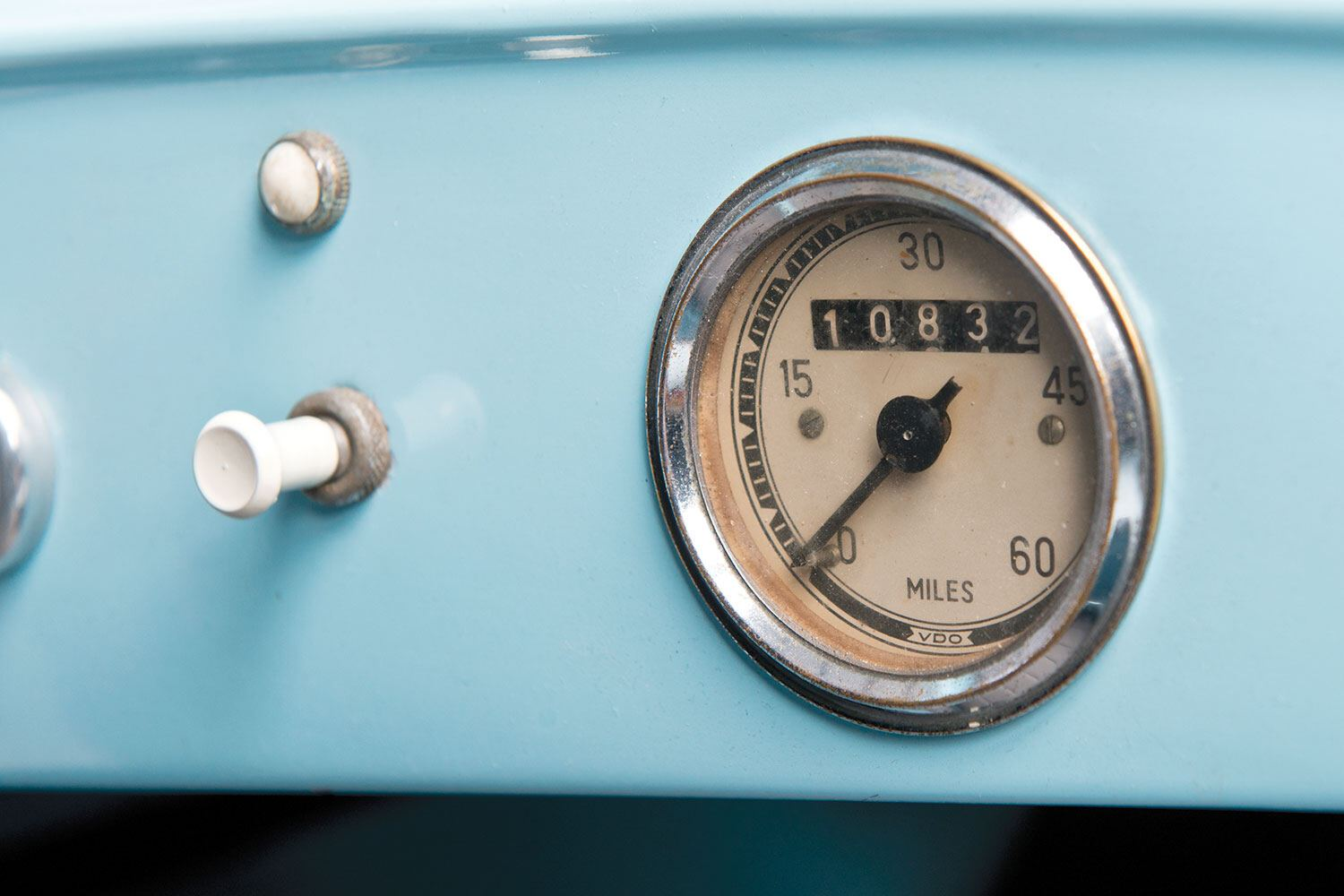 The ALCA Volpe dashboard Pic: RM Sotheby's | The ALCA Volpe