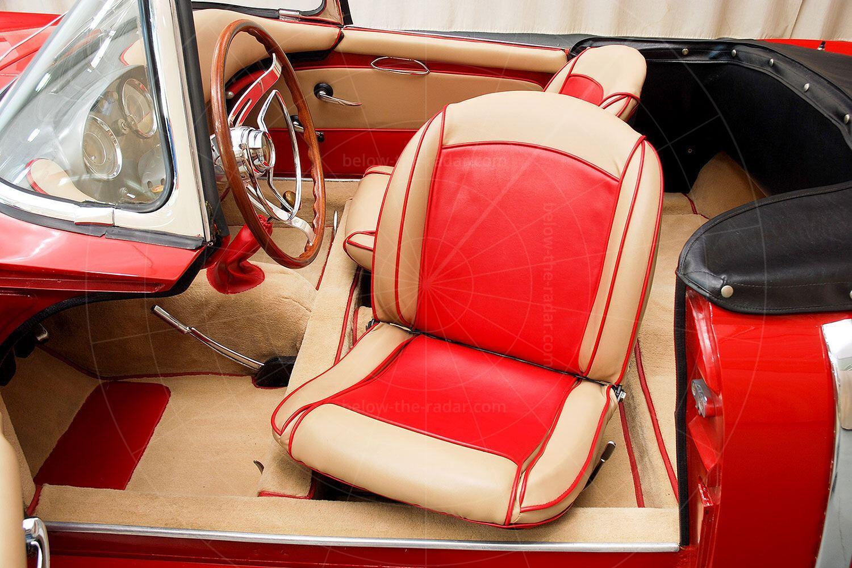 Fiat 1100 TV Trasformabil swivelling driver's seat Pic: Hyman Ltd | Fiat 1100 TV Trasformabil swivelling driver's seat