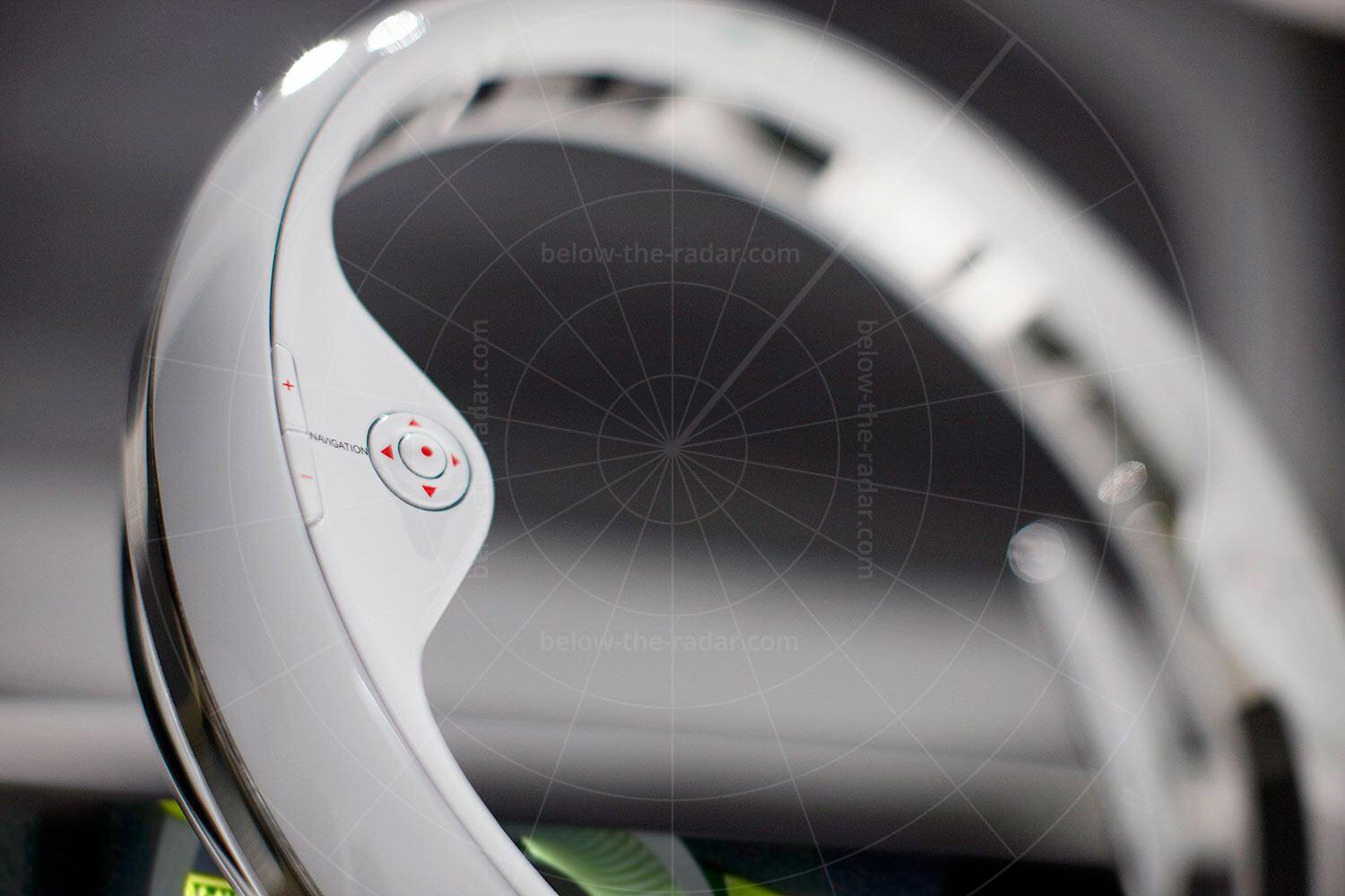 Lincoln C Concept steering wheel Pic: Lincoln | Lincoln C concept steering wheel