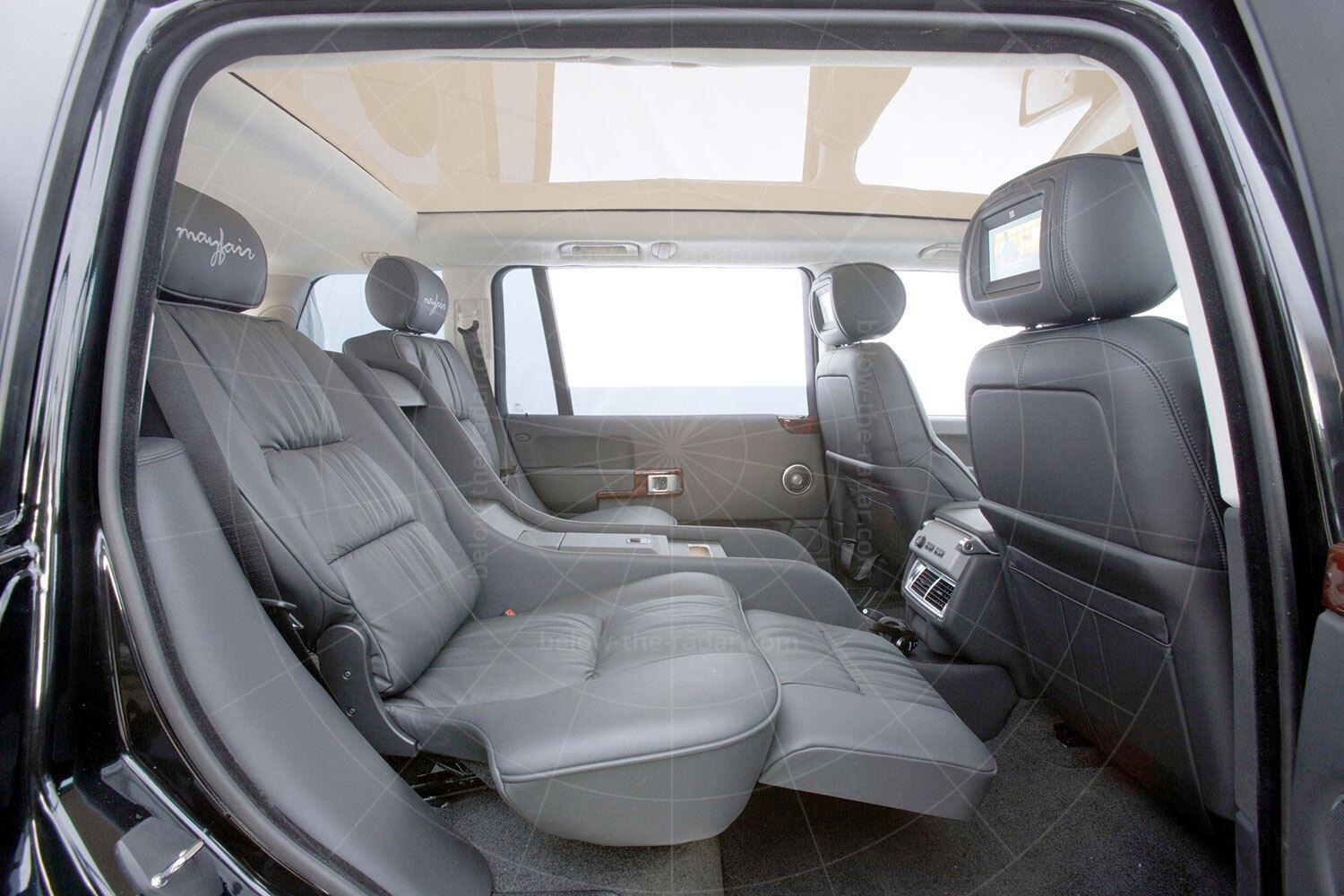 Range Rover Mayfair rear seats Pic: magiccarpics.co.uk | Range Rover Mayfair rear seats