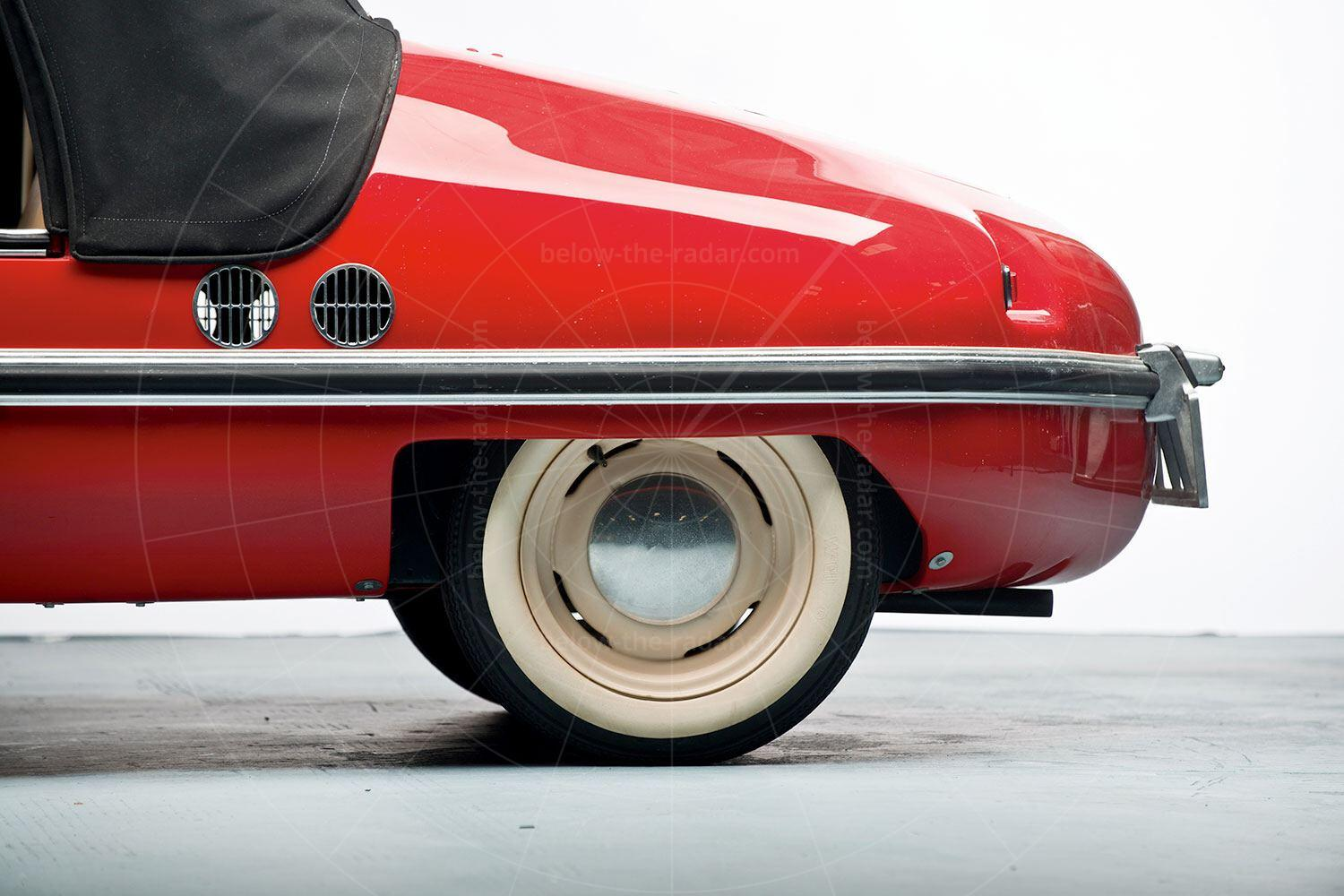 Victoria 250 back wheel Pic: RM Sotheby's | Victoria 250 back wheel