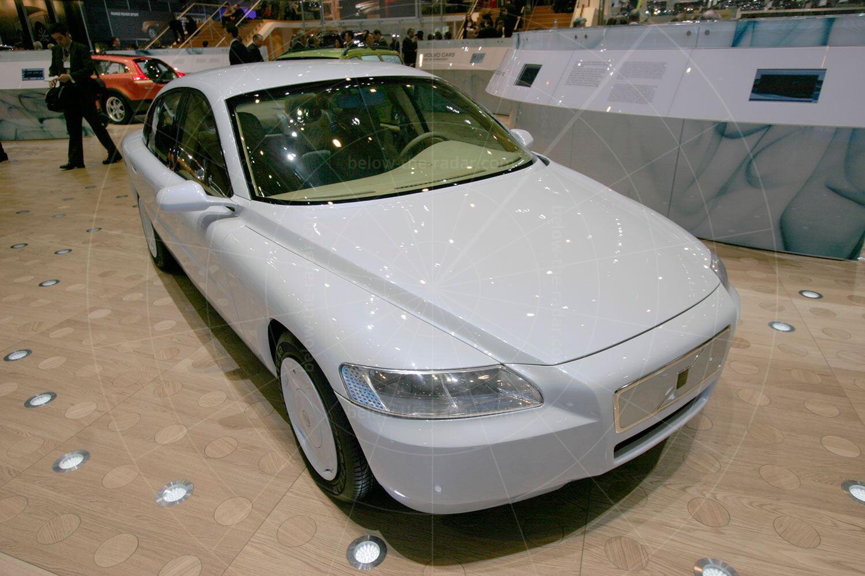 Volvo ECC concept at the 2005 Geneva Salon Pic: magiccarpics.co.uk | Volvo ECC concept at the 2005 Geneva Salon