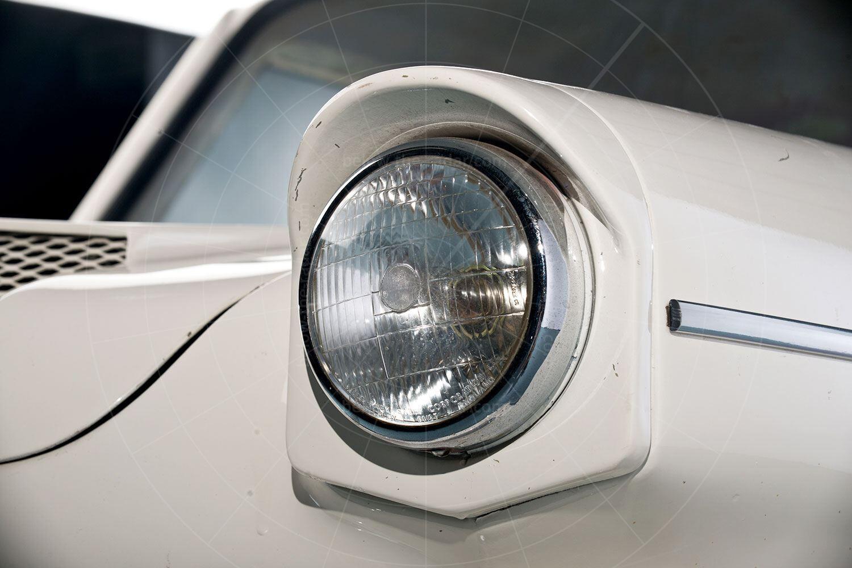 Lightburn Zeta Runabout peaked headlight Pic: RM Sotheby's | Lightburn Zeta Runabout peaked headlight