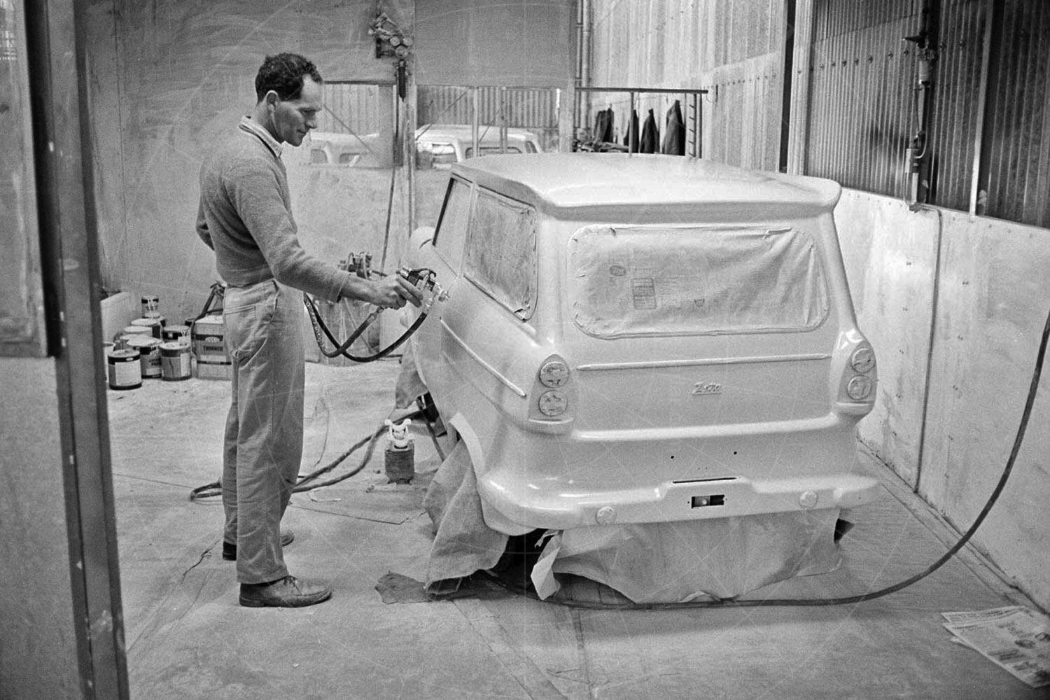 Lightburn Zeta Runabout production Pic: National Museum of Australia | Lightburn Zeta Runabout production