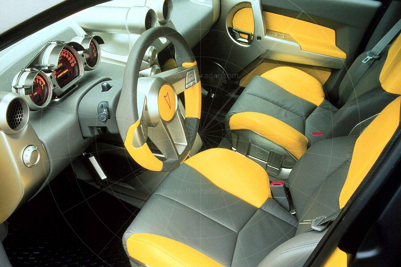 Pontiac Aztek concept - interior Pic: General Motors | Pontiac Aztek concept - interior