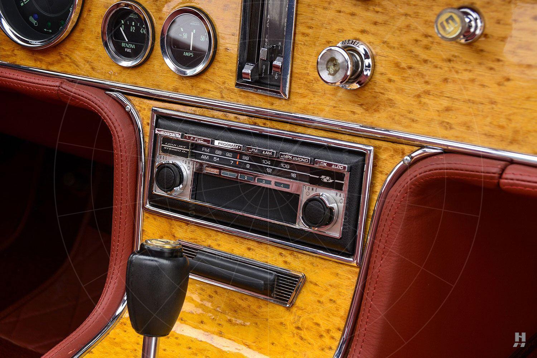 1971 Stutz Blackhawk coupé dashboard Pic: Hyman Ltd | 1971 Stutz Blackhawk coupé dashboard