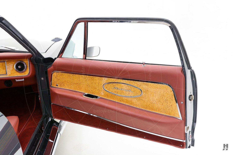 1971 Stutz Blackhawk coupé door trim Pic: Hyman Ltd | 1971 Stutz Blackhawk coupé door trim