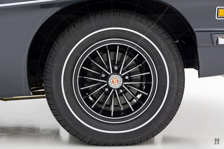 1971 Stutz Blackhawk coupé alloy wheel Pic: Hyman Ltd | 1971 Stutz Blackhawk coupé alloy wheel