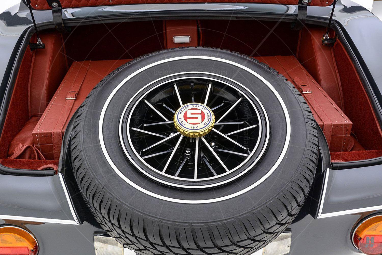 1971 Stutz Blackhawk coupé spare wheel Pic: Hyman Ltd | 1971 Stutz Blackhawk coupé spare wheel