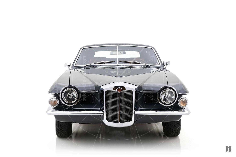 1971 Stutz Blackhawk coupé
